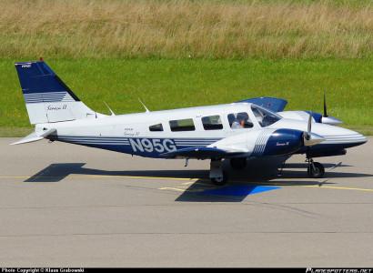 N95G-Private-Piper-PA-34-Seneca_PlanespottersNet_144958